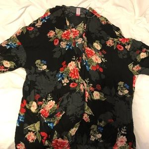 Other - Floral cardigan